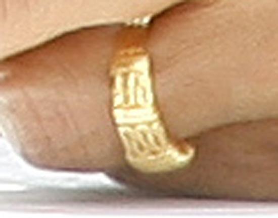 2009 10 29 ring3jpg - Obama Wedding Ring