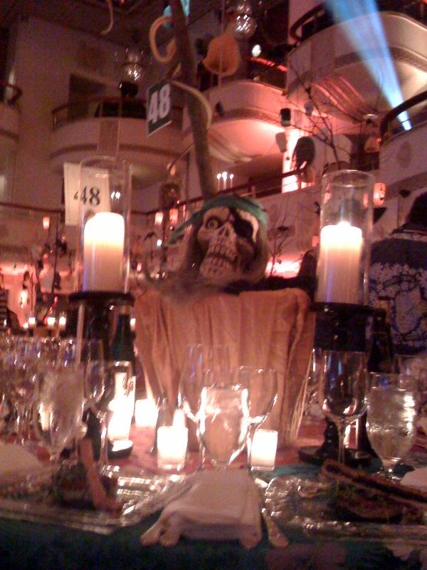 2009-11-01-Hulaween1.jpg