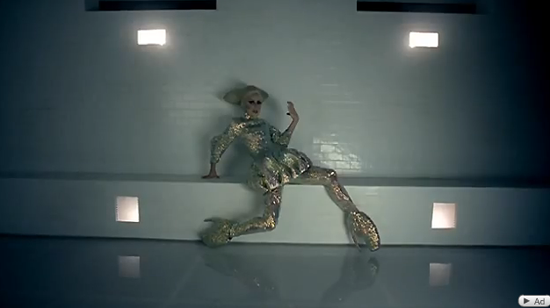 885be669060 Lady Gaga Dances In Alexander McQueen s 10-Inch Stilettos (PHOTOS ...