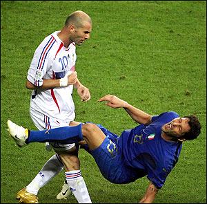 2009-11-15-zidane_headbutt.jpg