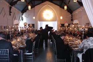 2009-11-27-dinnerscene.jpg