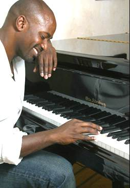 2009-12-14-gordon_piano.jpg