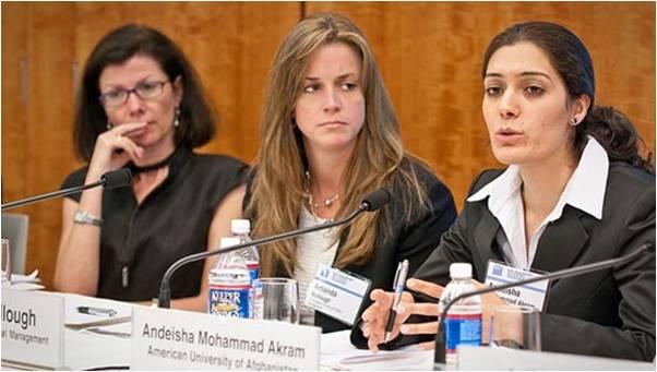 2009-12-23-Goldman_Sachs_Helps_10000_Women_4.0_B.jpg