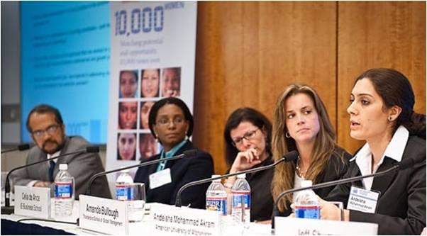 2009-12-23-Goldman_Sachs_Helps_10000_Women_4.0_C.jpg