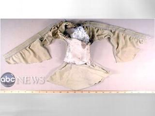 2009-12-29-abc_a_PETN_underwear_091228_mn.jpg