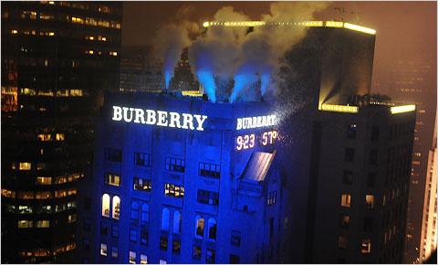 2009-12-30-BurberrySign.jpg