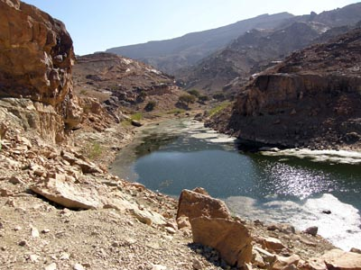 2010-01-10-YemeniterrainidealfortourismandterrorismAbuFadil.jpg