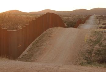 2010-01-23-the_fence.jpg