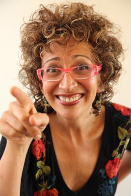 2010-02-09-JaniceTaylorpointingfunny.jpg