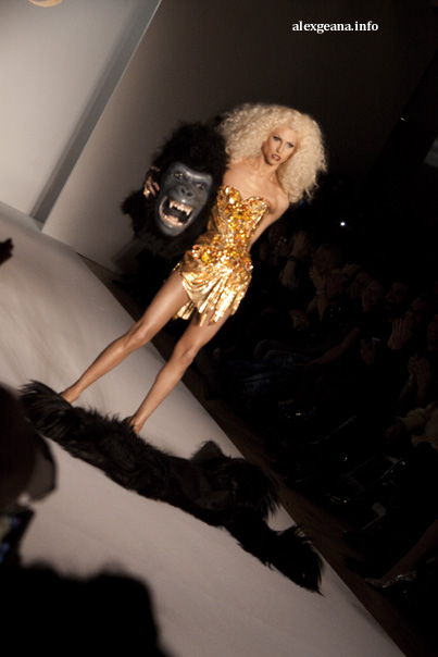 2010-02-18-blonds2.jpg