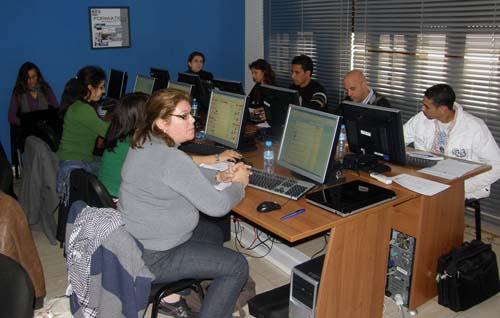 2010-02-24-1NorthAfricanbloggersthriveatRabatSCGworkshop.jpg