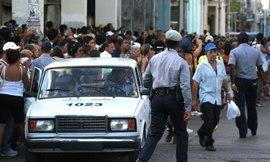 2010-02-28-policiapolicia.jpg