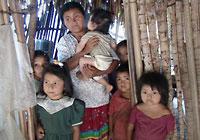 2010-03-07-guatemalawomenandchildren.jpg