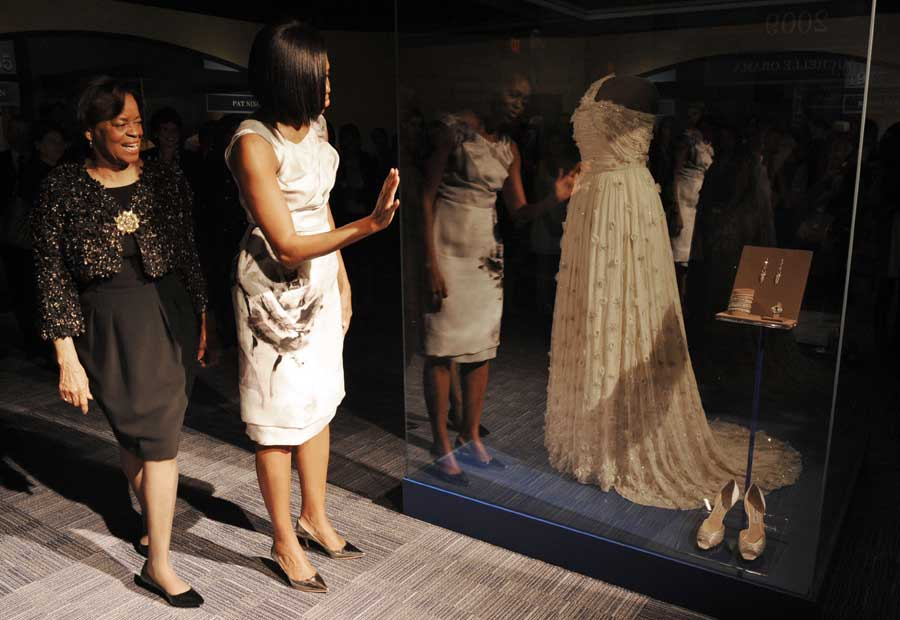 2010-03-09-MICHELLEOBAMADRESS4.jpg
