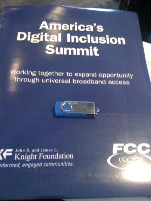 2010-03-09-fccflashdrive.jpg