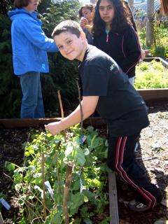 2010-03-12-GardenDay22310020.jpg