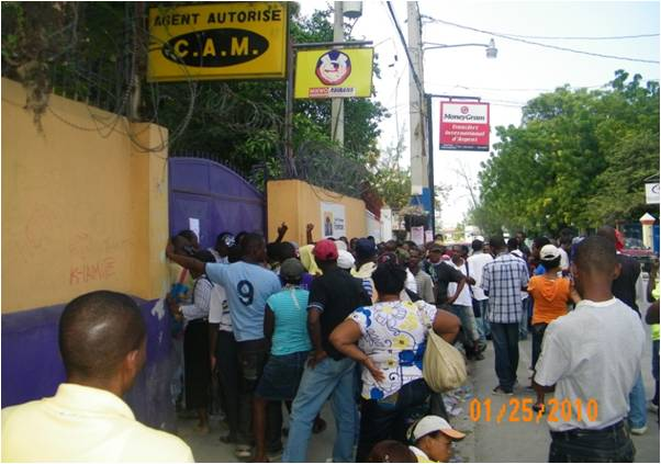 2010-03-15-Fonkoze_Helps_Rebuild_Haiti_Through_Microfinance_4.0_A.jpg