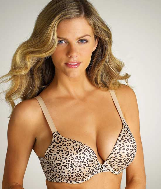 2010-03-19-19322_Brooklyn_Decker_94_122_996lo.jpg