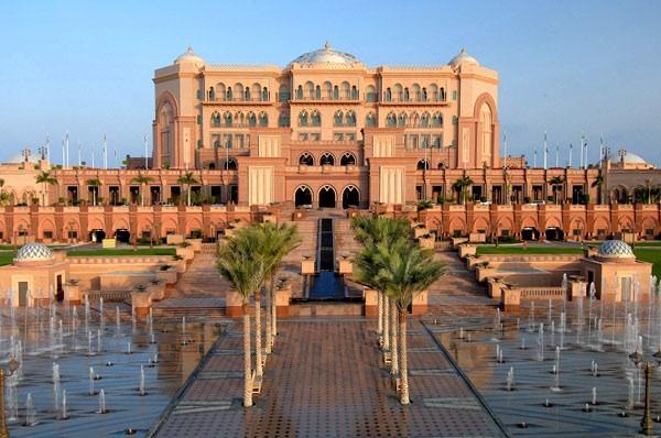 2010-03-19-EmiratePalace.jpg