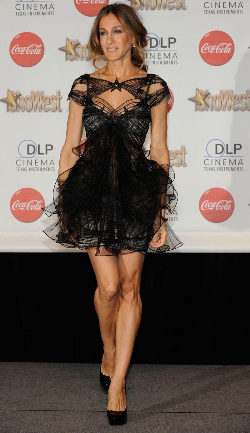 платья знаменитостей.  Компания Marchesa была создана в 2004 году.