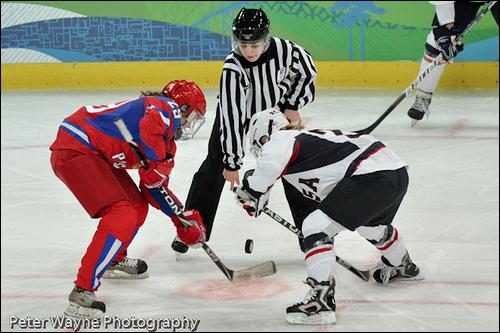 2010-03-24-peterwayneolympicswomenshockey.png