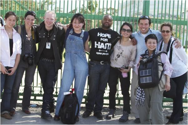 2010-04-02-200_Haitian_Earthquake_Survivors_Interviewed10_Chinese_Scholarships_4.0_D.jpg