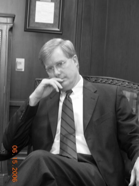 2010-04-03-JudgeMarkFuller1.jpg