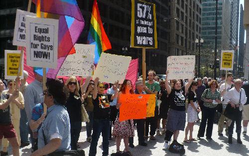 2010-04-17-0007.Counterprotestersgroup3.jpg