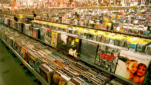 Vinyl Is Forever: In Praise of Indie Record Stores | HuffPost