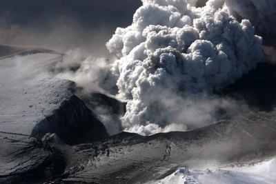 2010-04-20-volcanolhgapril192010.jpg