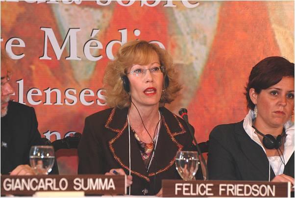 2010-04-21-Felice_Friedson_Media_Line_4.0_G.jpg
