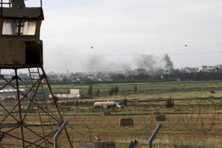 2010-04-23-GAZAfromadistance.jpg