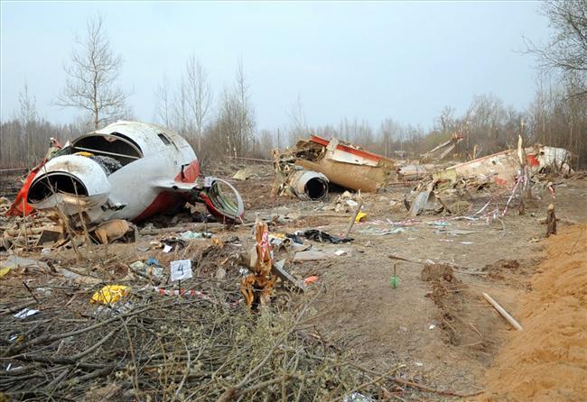 2010-04-25-crash.jpg
