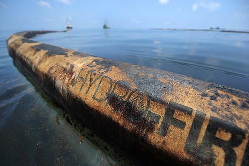 2010-05-07-oilboom.jpg