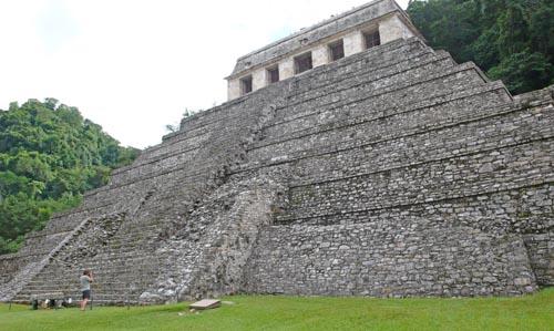 2010-05-16-ChiapasHPPalenque500.jpg