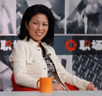 2010-05-20-JoyChenonChinaTV.jpg
