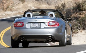 2010-05-24-2010_mazda_mx_5_miata_rear.jpg