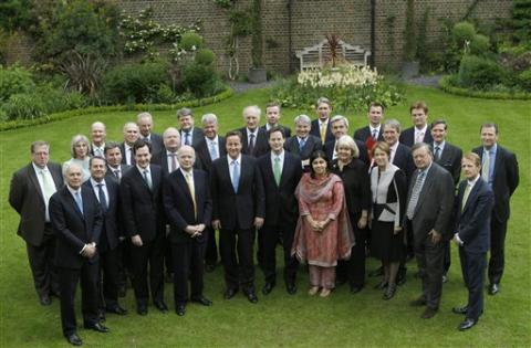 UK Goes Forward To The Past! A Cabinet That Looks Like... Eton (No ...