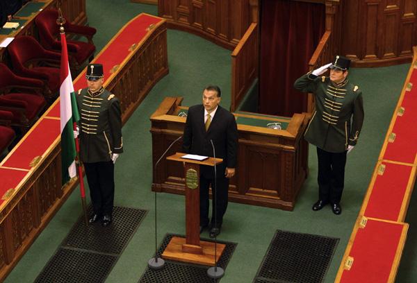 2010-06-04-primeministerorban.jpg
