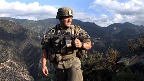 2010-06-11-SoldierRifleHPost.jpg