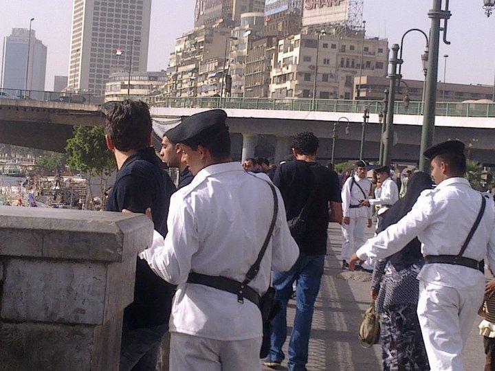 2010-06-19-police.jpg