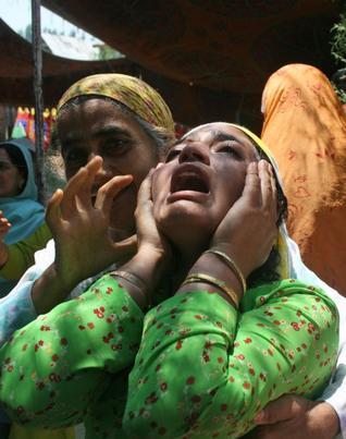2010-06-24-Kashmir_131417e.jpg