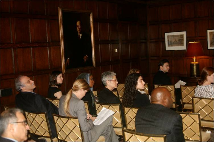 2010-06-29-Muslims_NonMuslims_Hear_Harvard_Club_E.jpg