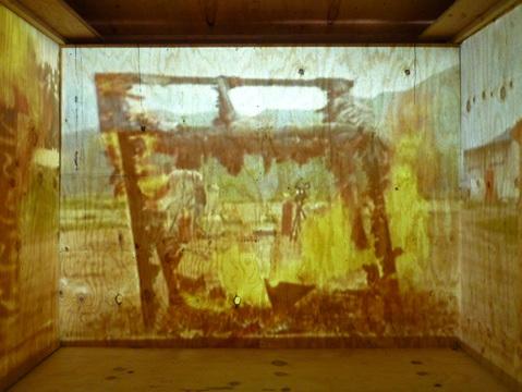 2010-07-02-dbfb_exhibition_4.jpg