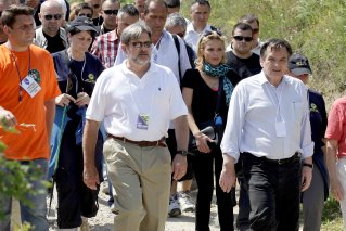 2010-07-16-Diana_Jenkins_In_Srebrenica_4.jpg