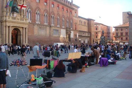 2010-07-16-PiazzaMaggioreDSC03385.jpg