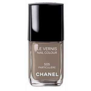 2010-07-21-Huffington_Post_Chanel_Nail_Color.jpg
