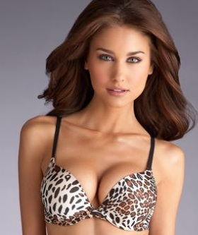 Good News for the Well-Endowed: Big Boobs Are In | The Huffington Post