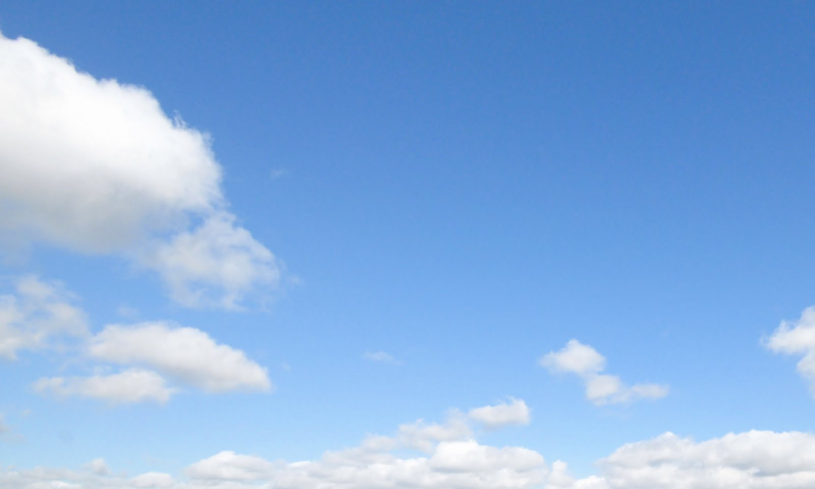 2010-07-25-Bright_Clouds.jpg