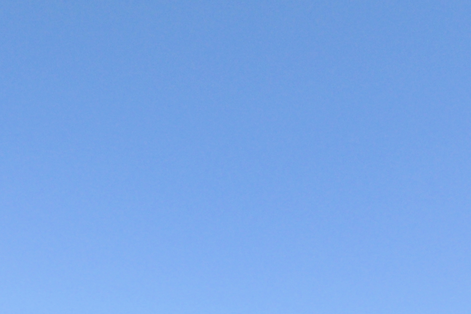 2010-07-25-Pure_Blue_Sky.jpg